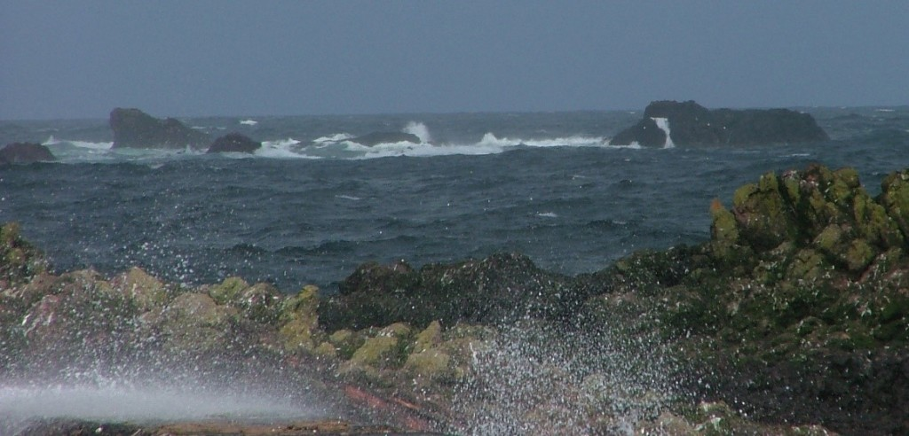 rough seas St Abbs
